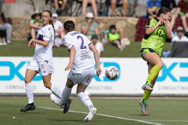 Sarah Carroll attacking cross