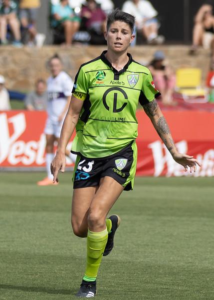 Michelle Heyman passing