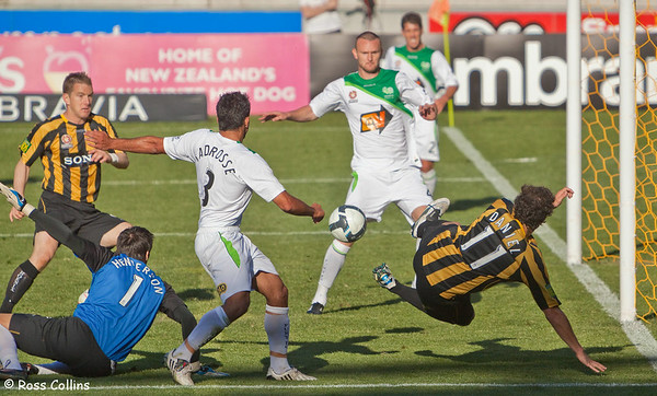 Wellington Phoenix vs. North Queensland Fury, Westpac Stadium, Wellington, 20 September 2009