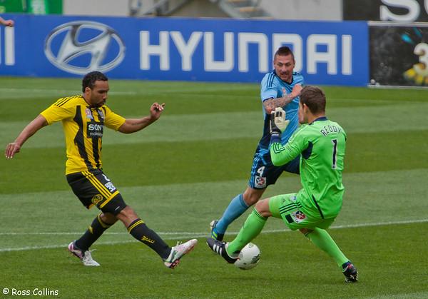 Wellington Phoenix vs. Sydney FC, Westpac Stadium, Wellington, 27 November 2011