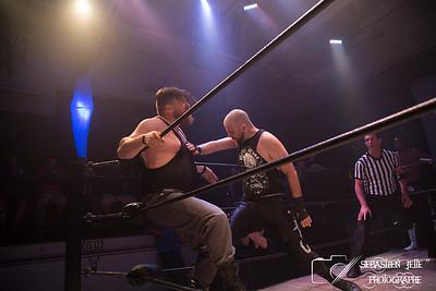 FLQ Wrestling  Le Retour au 514 Bain Mathieu 16-09-17
