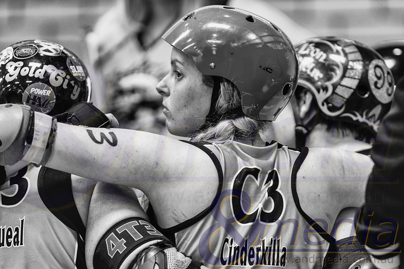 """Boom State Clash 2013: Perth Roller Derby """"West Coast Evils"""" vs Gold City Rollers - 29/09/2013: Perth"""
