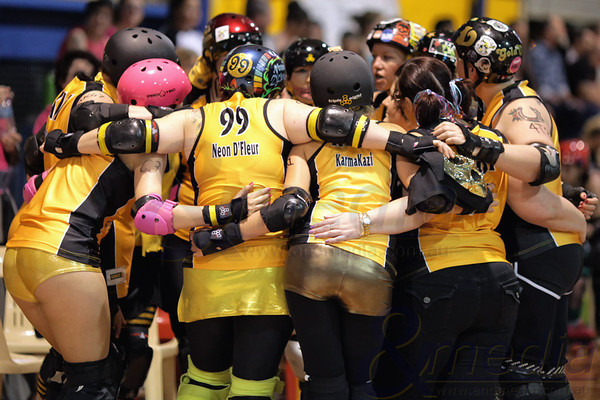 "Gold City Rollers - ""Ghouls Just Wanna Have Fun'' Gold City vs WARD WayWARDS  Photo: ANDMEDIA"