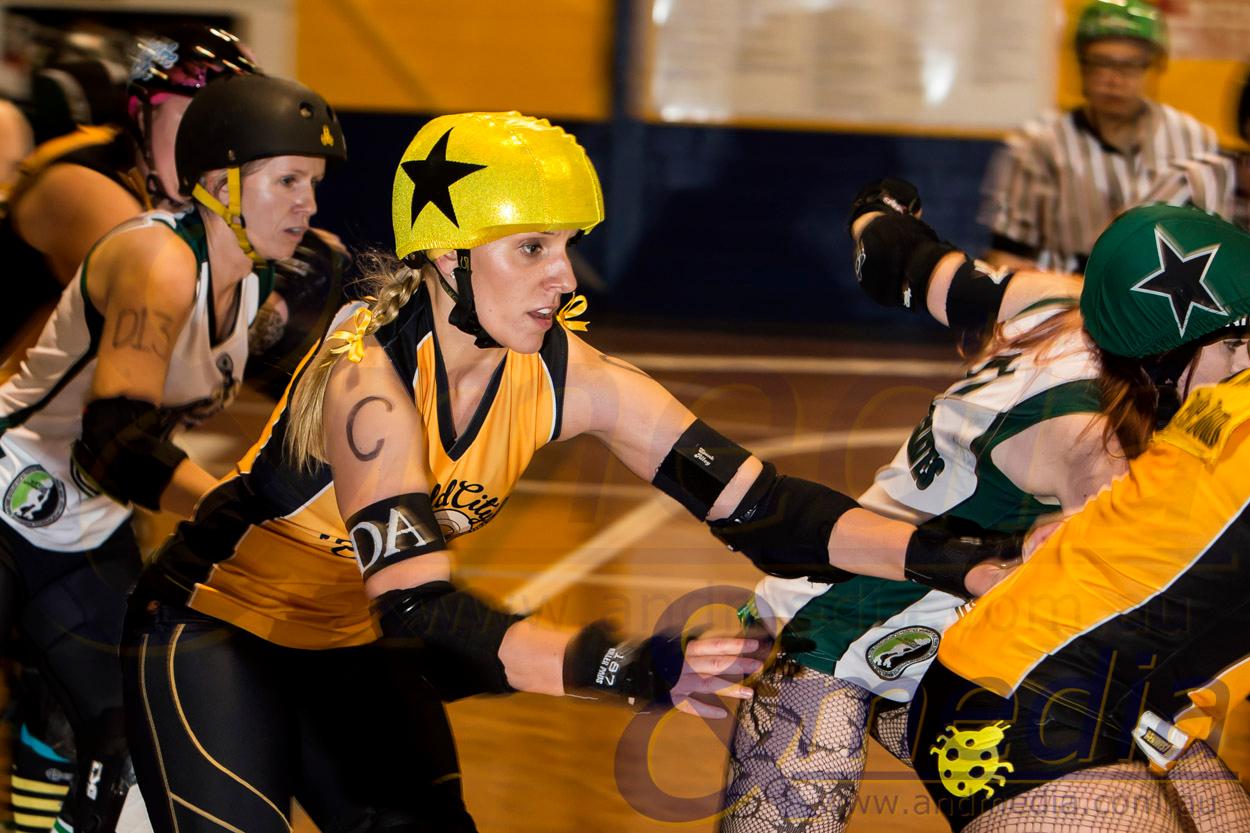 Roller Derby: Gold City Rollers vs WA Roller Derby WayWARD's - 05/04/2014: Kalgoorlie