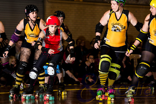 "Perth Roller Derby ""Grand Final Double Header"": The Bloody Sundaes (PRD) vs Gold City Rollers (GCR) - 29/06/2013: Perth"