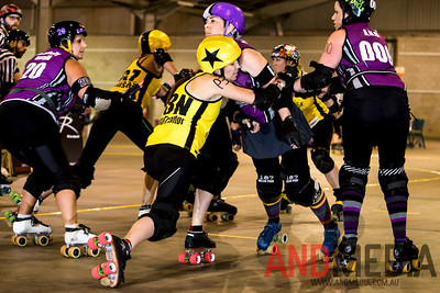 The Great Southern Slam 2014 - Division Two: Wollongong Illawarra Roller Derby (WIRD) vs Gold City Rollers (GCR)
