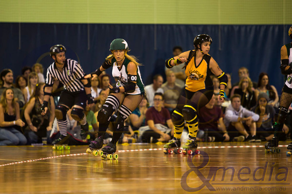 """May The Fourth Be With You: WA Roller Derby """"WARD's of the Skate"""" vs Gold City Rollers - 04/05/2013: Perth"""