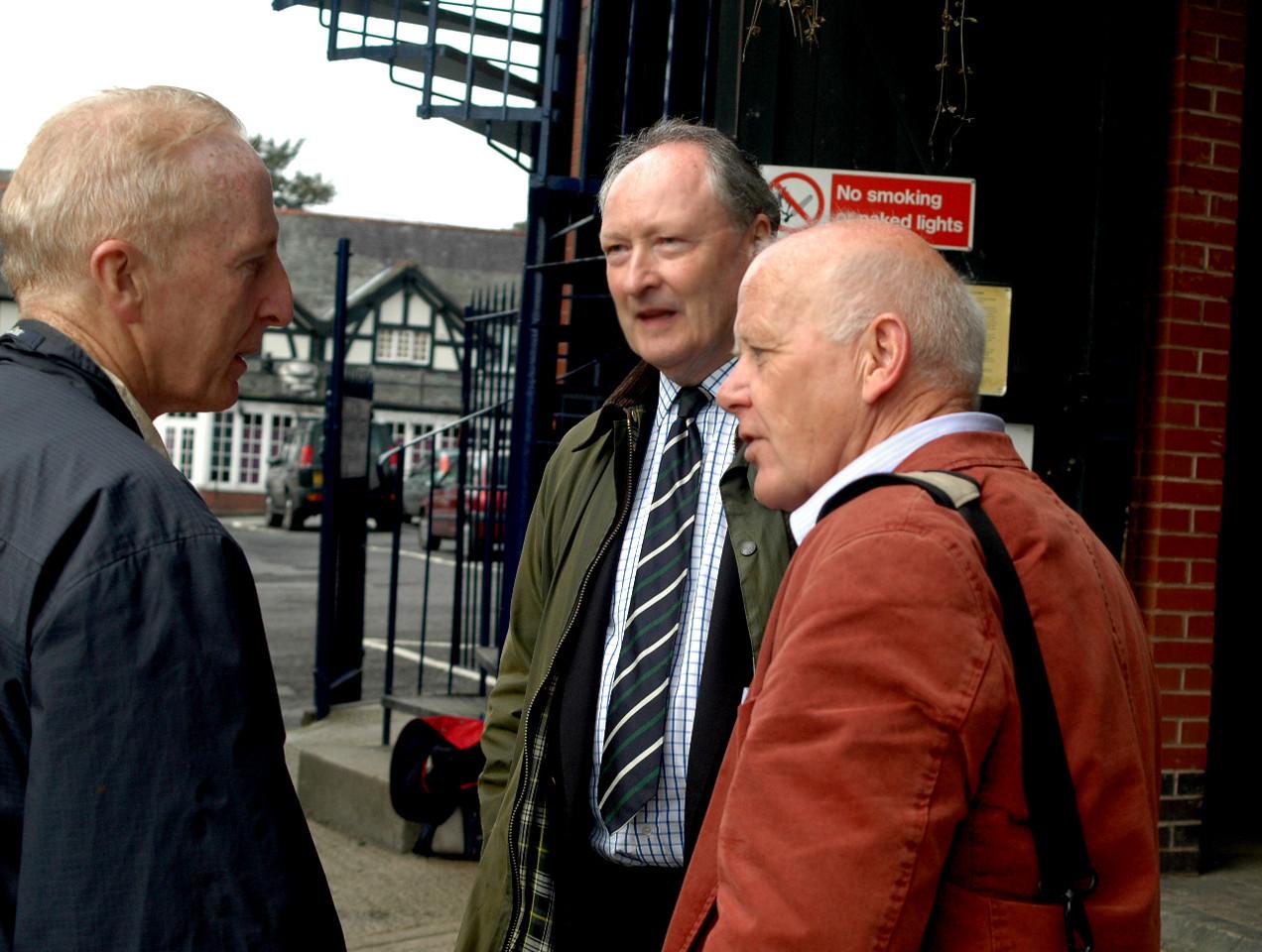 Bob Llewellin, David Roberts (coach), John Tweed