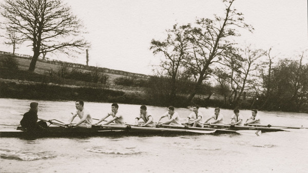 1st VIII training for the Chester Head 1963