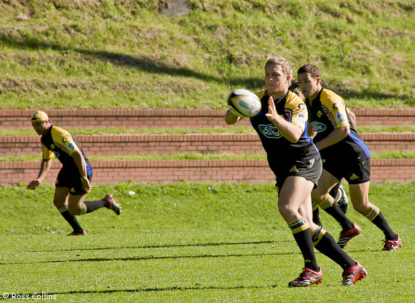 Hurricanes in training, Rugby League Park, Wellington, 27 April 2006