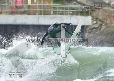 Surfing Newquay 21.02.2020