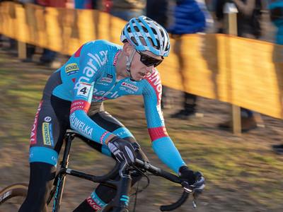 Michael Vanthourenhout.