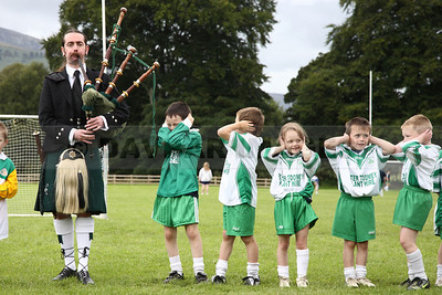 Young Ballinacor players don't appreciate the piper (August 2009)