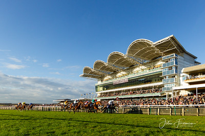 Autumn raceday, Rowley Mile