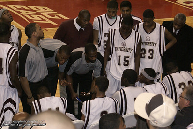 Coach allen discusses strategy with the Phoenix.