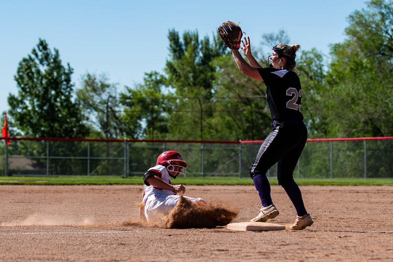 Bountiful broke the game wide open in the second inning of the game, scoring six runs to lead 6-0 against Box Elder, at Millcreek Junior High, in Bountiful, on May 8, 2018.
