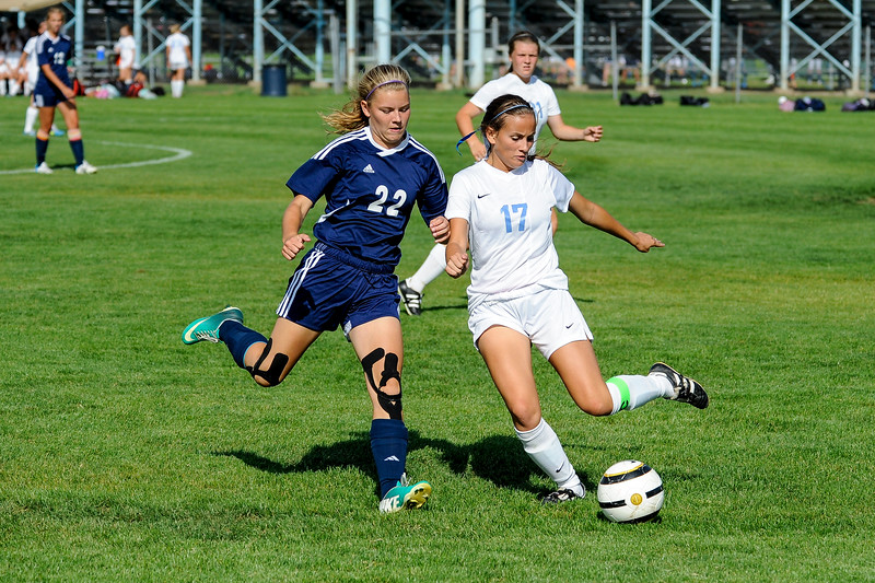 The Layton Lancers defeated the Syracuse Titans 4-2 thanks to three goals by Kenzie Humpherys in Layton on September 4, 2014. (ROBBY LLOYD/Standard-Examiner)