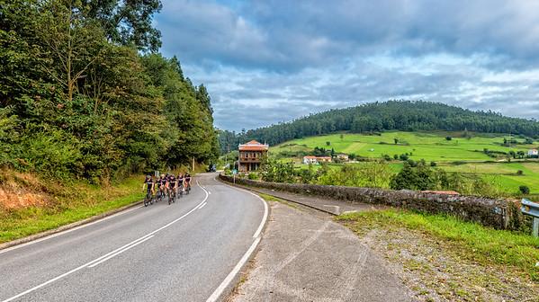 3tourschalenge-Vuelta-2017-888-Pano-Edit