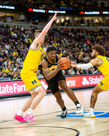 Michigan vs. Iowa at the United Center in Chicago, Illinois on March 13, 2019. Final score Michigan 74 - Iowa 53. Photo by Tony Vasquez for Indy Star Daily.