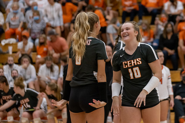 Katy Jordan and Saige Stahl getting geared for the start of the match. Photo by Tony Vasquez for Indy Sports Daily.