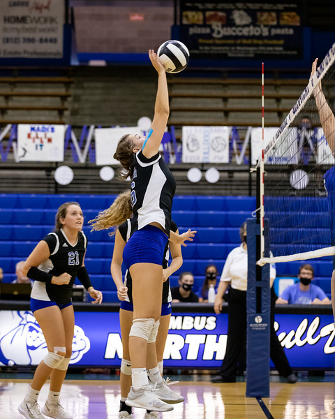 The Columbus North Bulldogs defeated the Franklin Central Flashes 3 sets to 1 on September 15, 2020. Photo by Tony Vasquez for Indy Sports Daily.