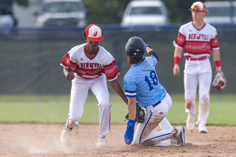The Columbus North Bull Dogs defeated the Jeffersonville Red Devils 1-0. Photo by Tony Vasquez for Indy Sports Daily.