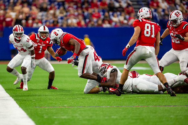 Indiana University defeats Ball State University at Lucas Oil Stadium. Final score 34 to 24. Photo by Tony Vasquez for Indy Sports Daily.