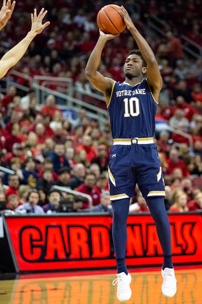 Norte Dame men's basketball vs. Louisville Cardinals at the Yum Center on March 3, 2019. Final score Louisville 75 – Norte Dame 61 Photo by Tony Vasquez for Indy Sports Daily