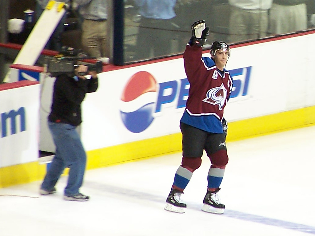 Joe Sakic - 1st Star of the Game