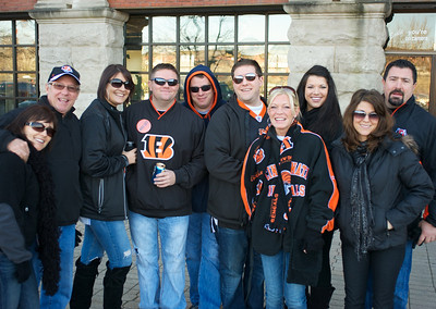 The crew from Outback Steakhouse at Longworth hall tailgating before the Bengals game