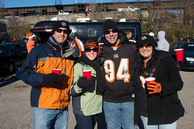 Darren and Angie Kauffman with Grady Houston and Katelyn Kauffman at Longworth hall tailgating before the Bengals game