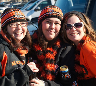 Heather, Terina and Shell of Cincinnati at Longworth hall tailgating before the Bengals game