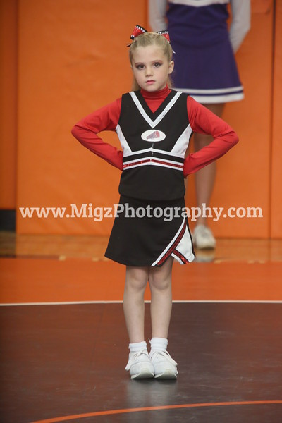 Cheerleading Action Photos (1)