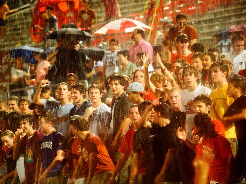 Wet Crowd 1