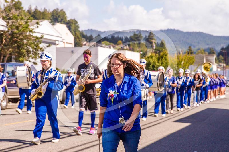 parade_20141154