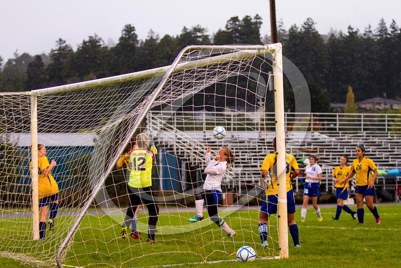 soccer_girls_201455