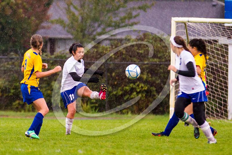 soccer_girls_201466
