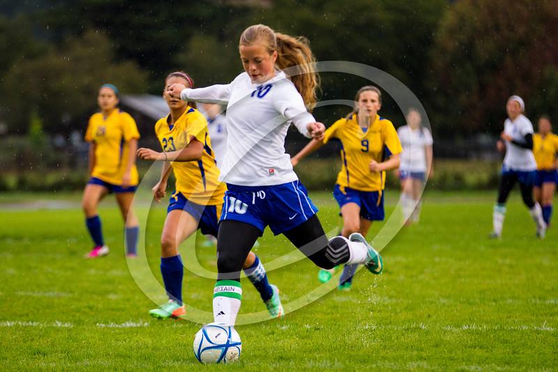 soccer_girls_201423
