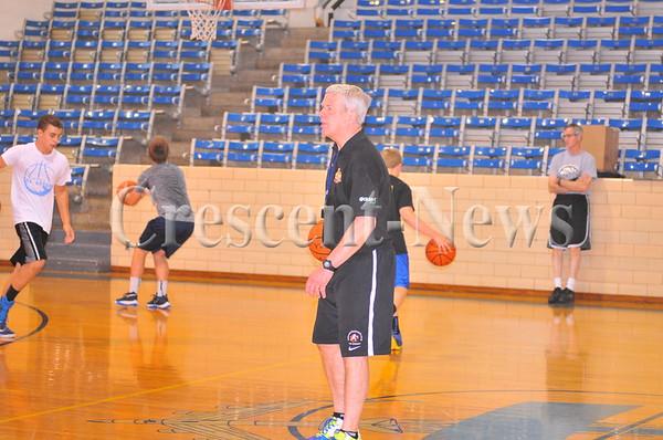 06-15-16 Sports Bob Martin basketball  shooting clinic