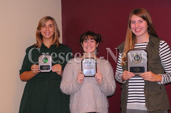 10-20-16 Sports DHS girls golf awards