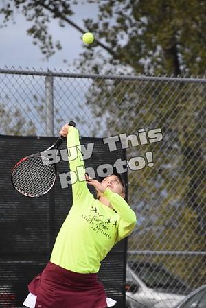 Tennis vs MACCRAY