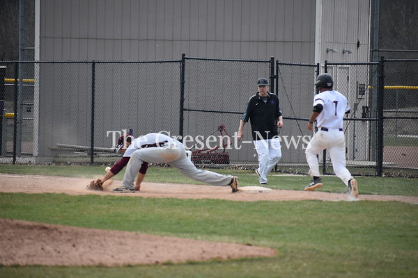 04-13-18 Sports Earlham @ DC BB (Kevin)