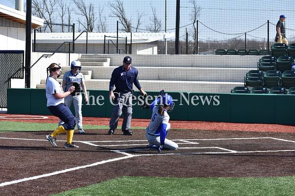 04-27-18 Sports O-G @ Defiance Softball (Kevin)