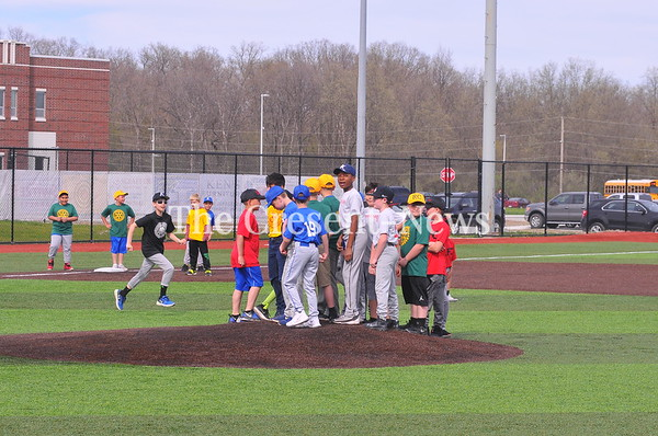 05-04-18 Sports Litttle league @ Defiance-Bryan Game