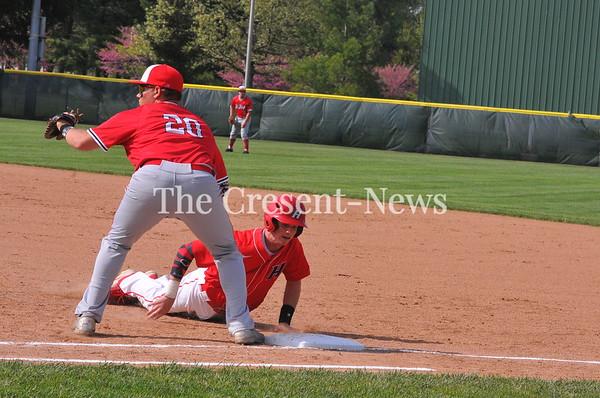 05-16-18 Sports Hilltop vs Hicksville Dist. BB @ Bryan