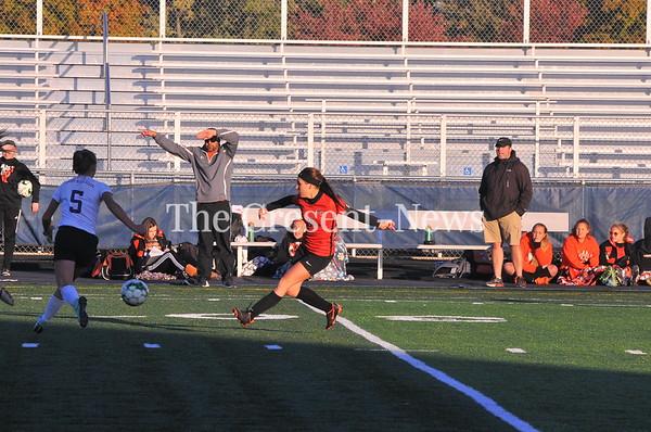 10-24-18 Sports Swanton vs Liberty Center girls Dist. semi soccer