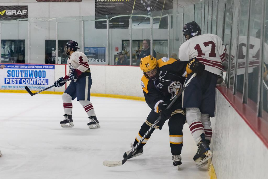 IMAGE: https://photos.smugmug.com/Sports/Ice-Hockey/LB-vs-Loyola-01-27-17/i-zhx9wR6/0/XL/LBSUHockey012717-016-XL.jpg