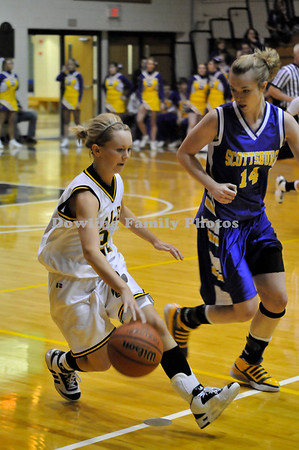 Salem Girls Fall To Scottsburg