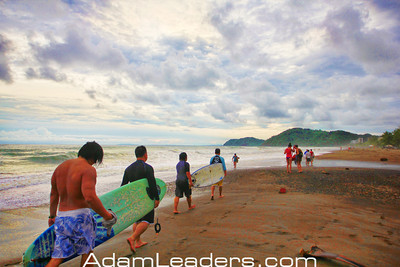 Surfing lessons in Jaco Costa RIca