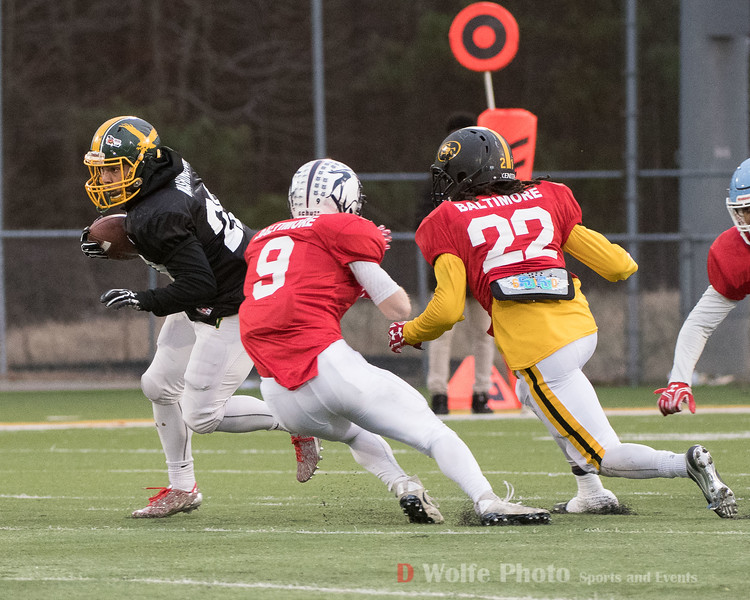 Carrying the ball is Adrian Feliz-Platt of Seneca Valley playing for Team Washington on a running play.